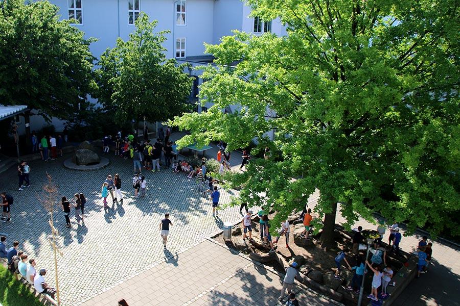 Schulhof Straubing